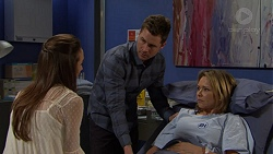 Victoria Lamb, Mark Brennan, Steph Scully in Neighbours Episode 7492