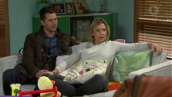 Mark Brennan, Steph Scully in Neighbours Episode 7493