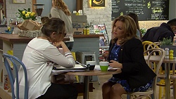 Sonya Mitchell, Terese Willis in Neighbours Episode 7494