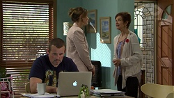 Toadie Rebecchi, Sonya Rebecchi, Susan Kennedy in Neighbours Episode 7495