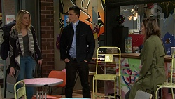 Simone Bader, Jack Callahan, Paige Smith in Neighbours Episode 7495