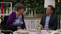 Maxine Cowper, Paul Robinson in Neighbours Episode 7496