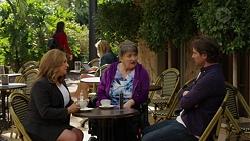 Terese Willis, Maxine Cowper, Brad Willis in Neighbours Episode 7496