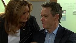 Terese Willis, Paul Robinson in Neighbours Episode 7496