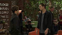 Angus Beaumont-Hannay, Tyler Brennan in Neighbours Episode 7496
