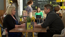 Sheila Canning, Gary Canning in Neighbours Episode 7496
