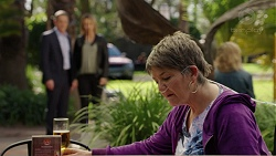 Paul Robinson, Steph Scully, Maxine Cowper in Neighbours Episode 7496