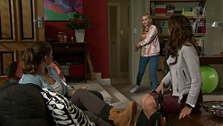 Amy Williams, Xanthe Canning, Elly Conway in Neighbours Episode 7498
