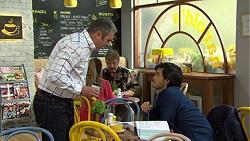 Karl Kennedy, David Tanaka in Neighbours Episode 7499