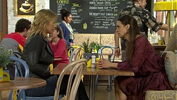 Steph Scully, Amy Williams in Neighbours Episode 7499