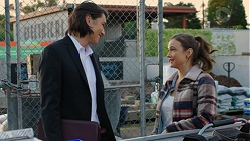 Leo Tanaka, Amy Williams in Neighbours Episode 7499