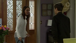 Elly Conway, Angus Beaumont-Hannay in Neighbours Episode 7501
