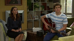 Elly Conway, Angus Beaumont-Hannay in Neighbours Episode 7502