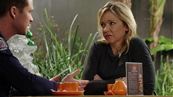 Mark Brennan, Steph Scully in Neighbours Episode 7502