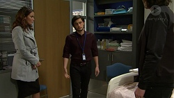 Elly Conway, David Tanaka, Leo Tanaka in Neighbours Episode 7504