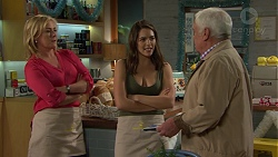Lauren Turner, Paige Smith, Lou Carpenter in Neighbours Episode 7504