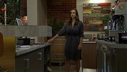 Amy Williams in Neighbours Episode 7505