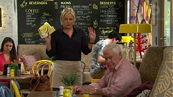 Lauren Turner, Lou Carpenter in Neighbours Episode 7505