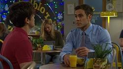 Angus Beaumont-Hannay, Aaron Brennan in Neighbours Episode 7507
