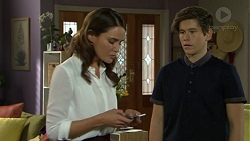Elly Conway, Angus Beaumont-Hannay in Neighbours Episode 7508