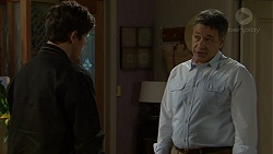Angus Beaumont-Hannay, Peter Hannay in Neighbours Episode 7508
