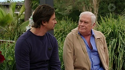 Brad Willis, Lou Carpenter in Neighbours Episode 7509