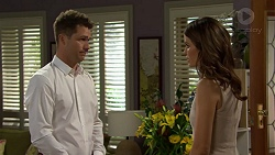 Mark Brennan, Elly Conway in Neighbours Episode 7509