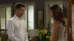 Mark Brennan, Elly Conway in Neighbours Episode 7509