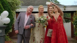 Lou Carpenter, Lauren Turner, Piper Willis, Paige Smith in Neighbours Episode 7509