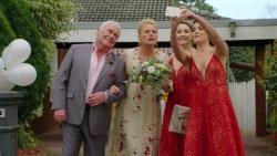 Lou Carpenter, Lauren Turner, Piper Willis, Paige Novak in Neighbours Episode 7509