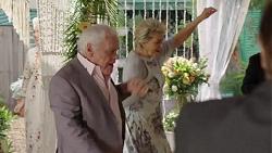 Lou Carpenter, Kathy Carpenter in Neighbours Episode 7509