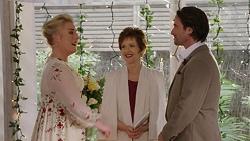 Lauren Turner, Susan Kennedy, Brad Willis in Neighbours Episode 7509