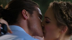 Tyler Brennan, Piper Willis in Neighbours Episode 7509