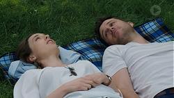 Sonya Mitchell, Mark Brennan in Neighbours Episode 7513
