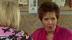 Sheila Canning, Susan Kennedy in Neighbours Episode 7514