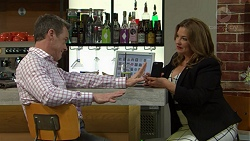 Paul Robinson, Terese Willis in Neighbours Episode 7515