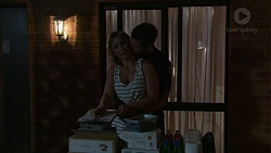 Steph Scully, Mark Brennan in Neighbours Episode 7520