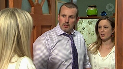 Andrea Somers (posing as Dee), Toadie Rebecchi, Sonya Rebecchi in Neighbours Episode 7521