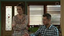 Sonya Mitchell, Mark Brennan in Neighbours Episode 7523