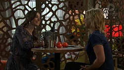 Victoria Lamb, Steph Scully in Neighbours Episode 7523
