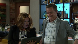Terese Willis, Paul Robinson in Neighbours Episode 7524