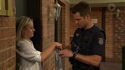 Dee Bliss, Mark Brennan in Neighbours Episode 7526