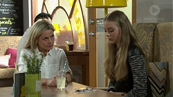 Dee Bliss, Willow Bliss in Neighbours Episode 7528