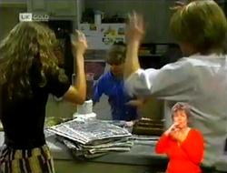 Debbie Martin, Hannah Martin, Brett Stark in Neighbours Episode 2106
