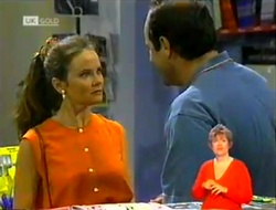 Julie Robinson, Philip Martin in Neighbours Episode 2106