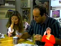 Julie Robinson, Philip Martin in Neighbours Episode 2107