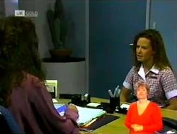Gaby Willis, Cody Willis in Neighbours Episode 2107