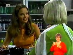Julie Robinson, Helen Daniels in Neighbours Episode 2107