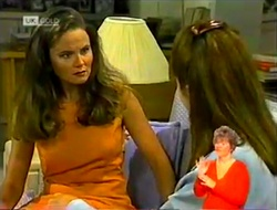 Julie Robinson, Janet Harper in Neighbours Episode 2107