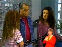 Cody Willis, Doug Willis, Gaby Willis in Neighbours Episode 2107